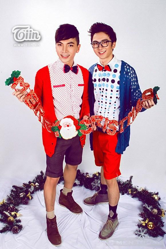 Biến hóa sắc màu cùng hot boy party Giáng sinh