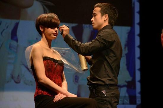 Người Việt nhuộm tóc đẹp nhất Thế Giới