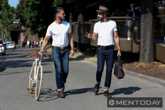 Những chàng đơn giản với t-shirt trắng